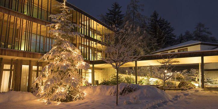 70629285waldhof_wellnesshotel_winter.jpg