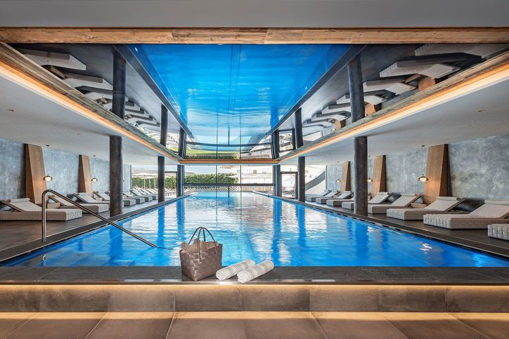pool-indoor-01.jpg