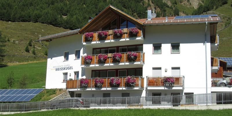 Residence Garni Weißkugel im Sommer