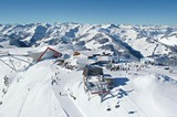 Blick auf das Skigebiet der Superlative am Pengelstein