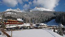 74750740sporthotel_aussen_winter_1.jpg