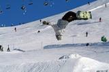 Salto mit Snowboard