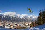 Skispringer auf der Olympiaschanze